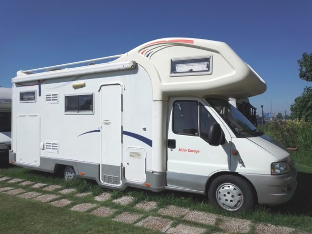 CI INTERNATIONAL Mizar Garage camper mansardato