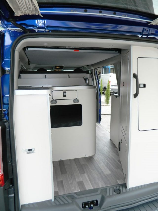 ford transit custom nugget westfalia km 0 appiano sulla. Black Bedroom Furniture Sets. Home Design Ideas